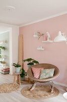 Bildno.: 12321708<br/><b>Feature: 12321691 - Paradise in Pastel</b><br/>Pale colours and soothing furnishings define this home in the Netherlands<br />living4media / Isaksson, Camilla