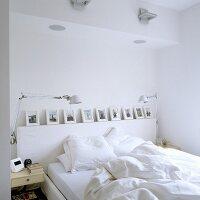 geschirrtuch auf handtuchhalter am r hrenheizk rper bild. Black Bedroom Furniture Sets. Home Design Ideas