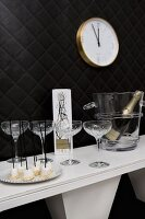 Hors-d'oeuvres & sparkling wine for New Year party