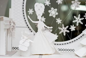 White wedding ornaments: small bride figurine