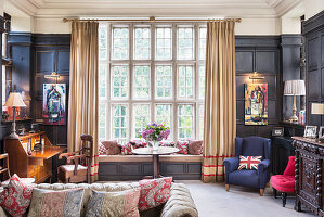 English-style living room with antique panelled walls