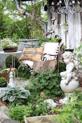 Für Belinda ist ihr pfälzer Shabby-Paradies Zier- und Nutzgarten zugleich