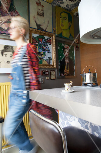 Amsterdam apartment is all about using creative colour
