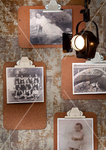 Unique ways to use frames and photos in decorating