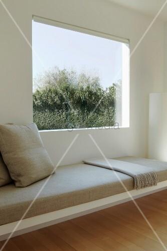 panoramafenster gepolsterte sitzbank unter dem preise