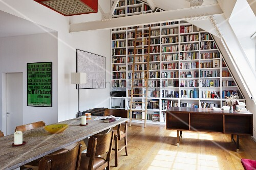 Floor To Ceiling Bookshelves Plans: Floor-to-ceiling Bookcase With Wooden Library Ladder Under