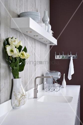 corian arbeitsfl che mit integriertem sp lbecken und. Black Bedroom Furniture Sets. Home Design Ideas