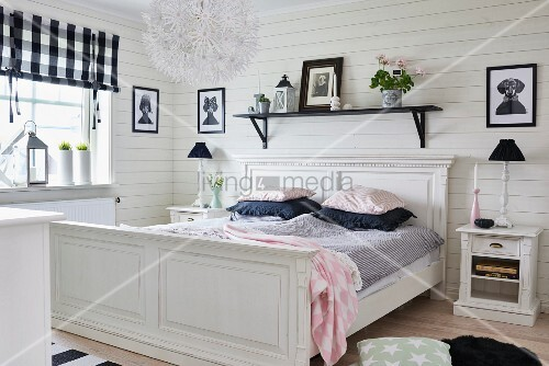 schlafzimmer landhausstil weis komplett landhaus schlafzimmer wei gebraucht weisses antikes. Black Bedroom Furniture Sets. Home Design Ideas