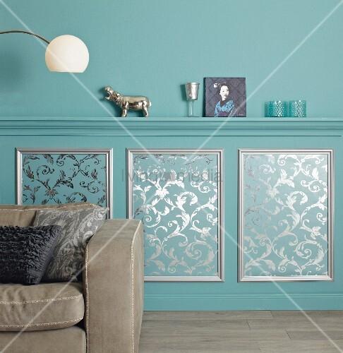 Elegante Wandgestaltung Mit Profilleisten Ablage Und DIY