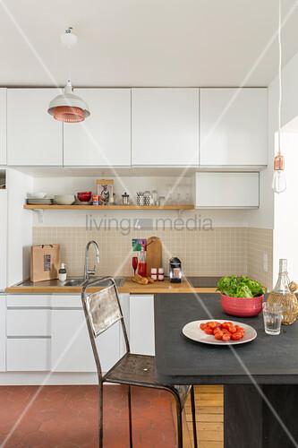 Großartig Kleine Küche Oberschränke Fotos - Küchen Ideen - celluwood.com