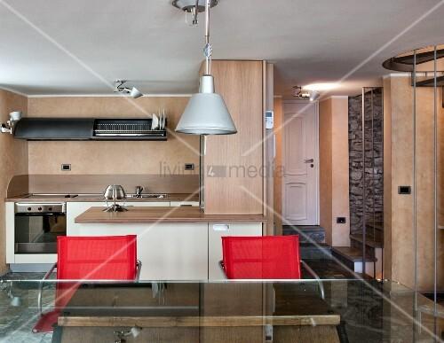 Offener wohnraum in bergh tte mit rustikaler for Innendesigner wien