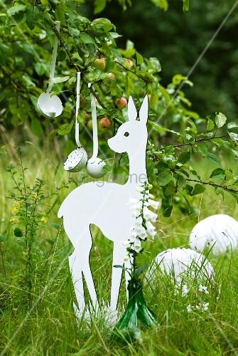 Deko Für Eine Rustikale Gartenparty – Bild Kaufen – Living4Media
