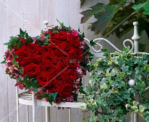 rosenherz rosa rosenbl ten hydrangea. Black Bedroom Furniture Sets. Home Design Ideas