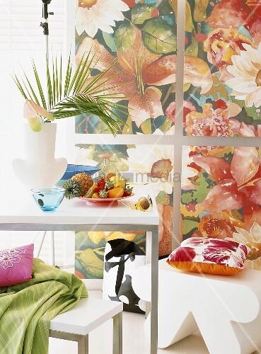 exotische fr chte auf einem tisch bild kaufen living4media. Black Bedroom Furniture Sets. Home Design Ideas