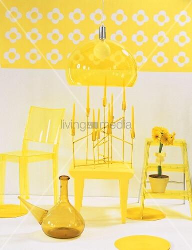 gelbe m bel bild kaufen living4media. Black Bedroom Furniture Sets. Home Design Ideas