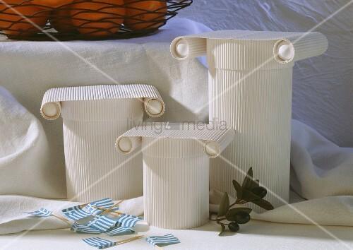 dekoration f r griechisches buffet bild kaufen living4media. Black Bedroom Furniture Sets. Home Design Ideas