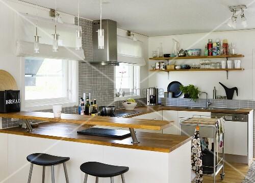 Küche Mit Insel Und Theke ~ NoVeriC.coM for .