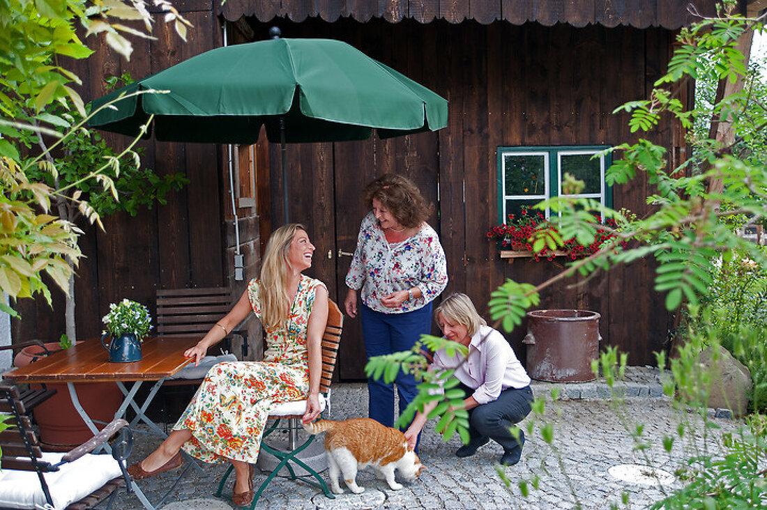 Bavarian Blossoms