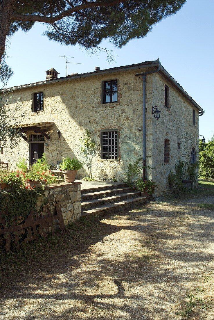 Ein toskanisches Steinhaus aus dem 17. Jahrhundert