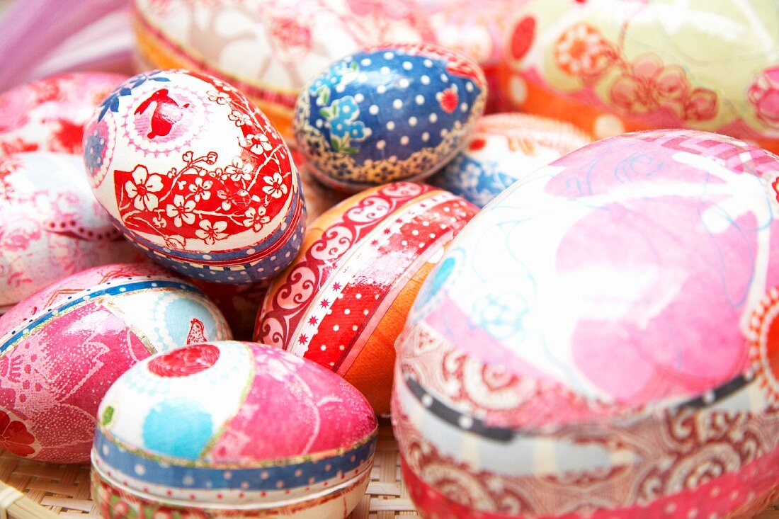 Carefully decorated egg-shaped gift boxes