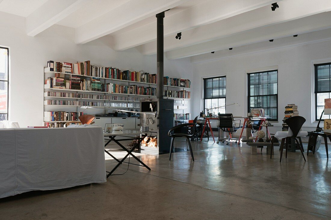 Book shelves and chairs in a modern New York loft