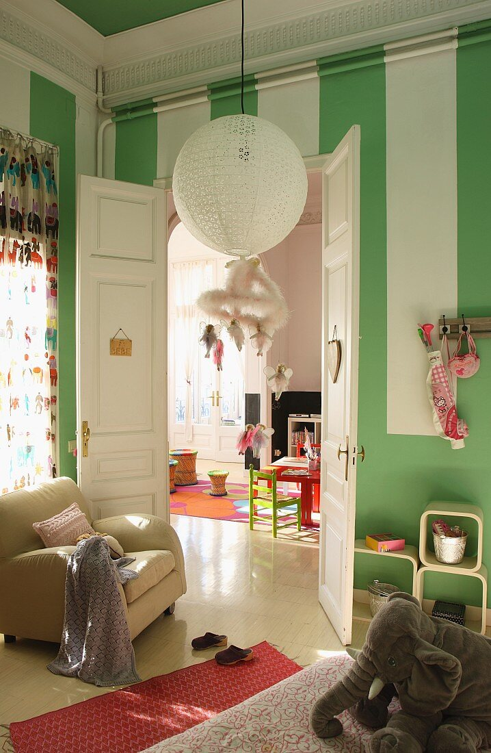 Child S Bedroom With Green And White Buy Image 11075246 Living4media