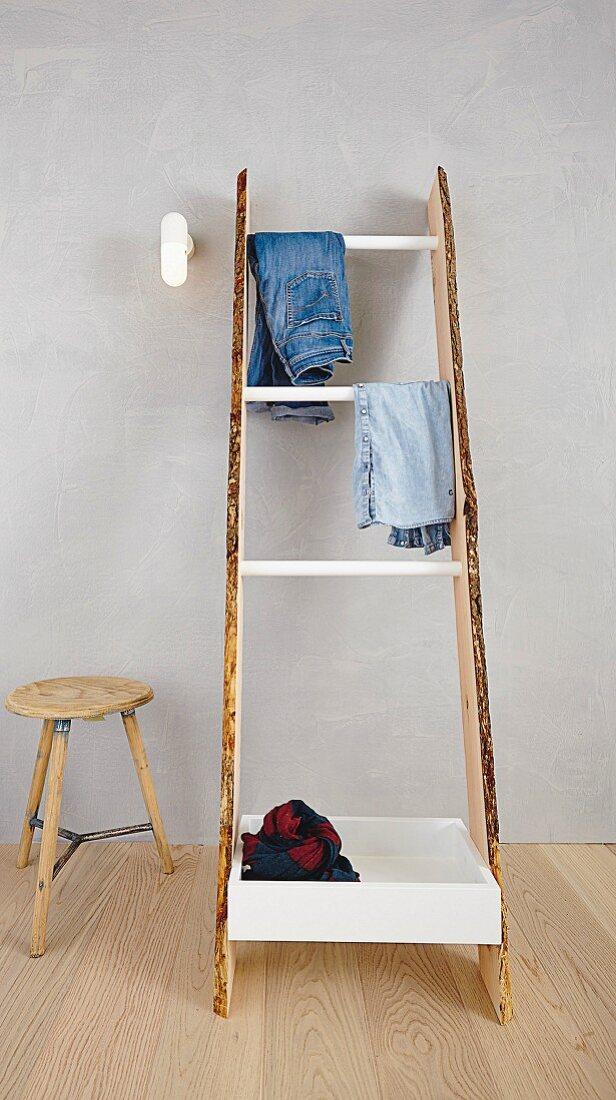 Diy Wooden Ladder Style Clothes Rack Buy Image 11455558 Living4media