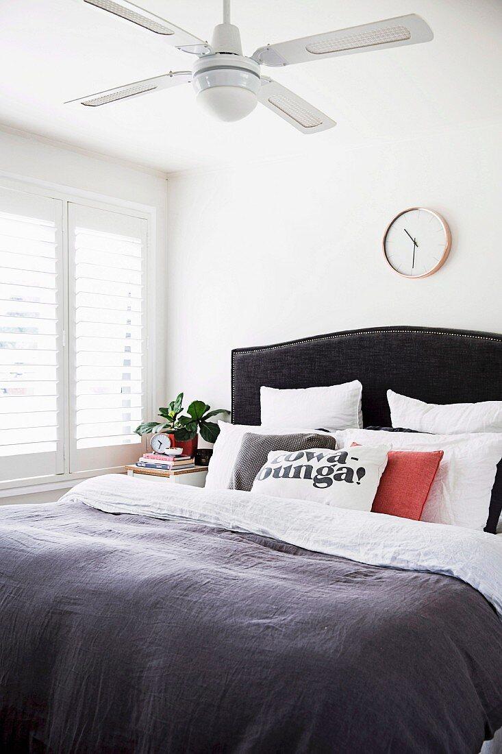 Schlafzimmer Mit Decken Ventilator Bild Kaufen 11503598 Living4media