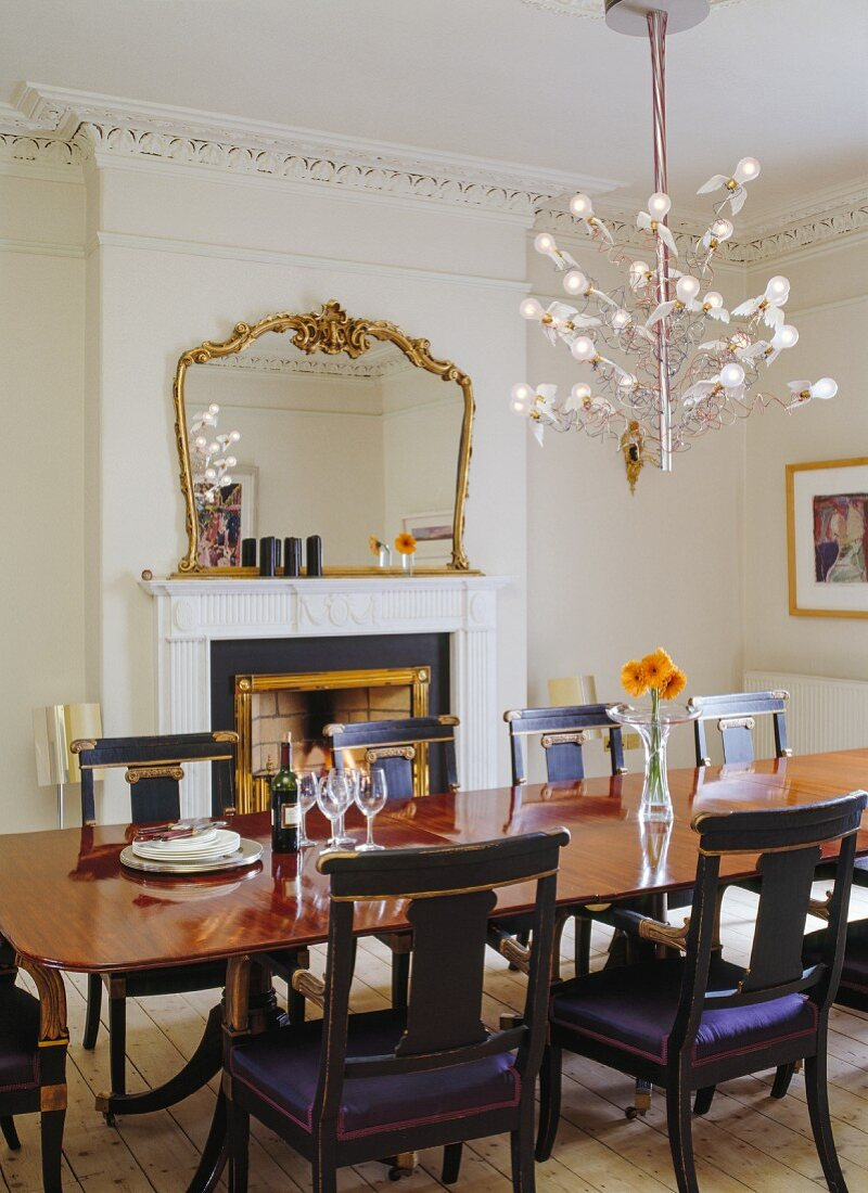 Original Antique Dining Table Buy Image 11325858 Living4media