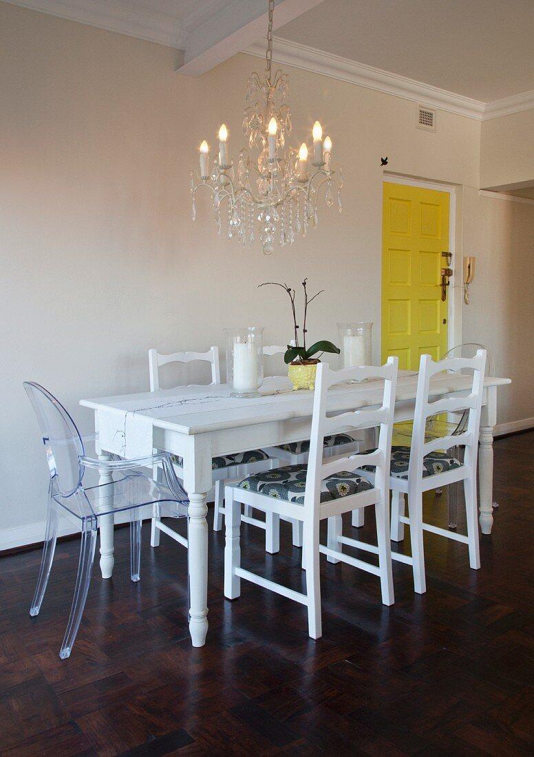 White Dining Table Refurbished Buy Image 11333344 Living4media