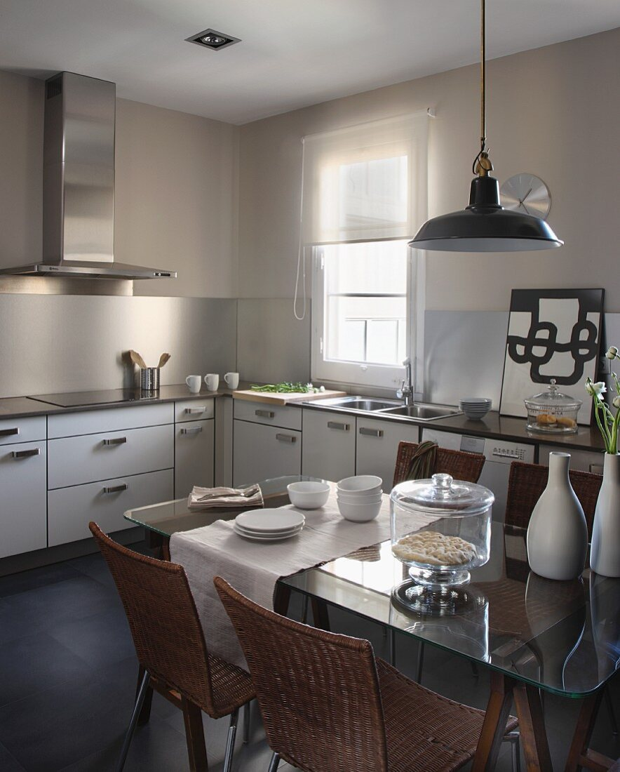 Retro Pendant Lamp Above Dining Table Buy Image 11368462 Living4media