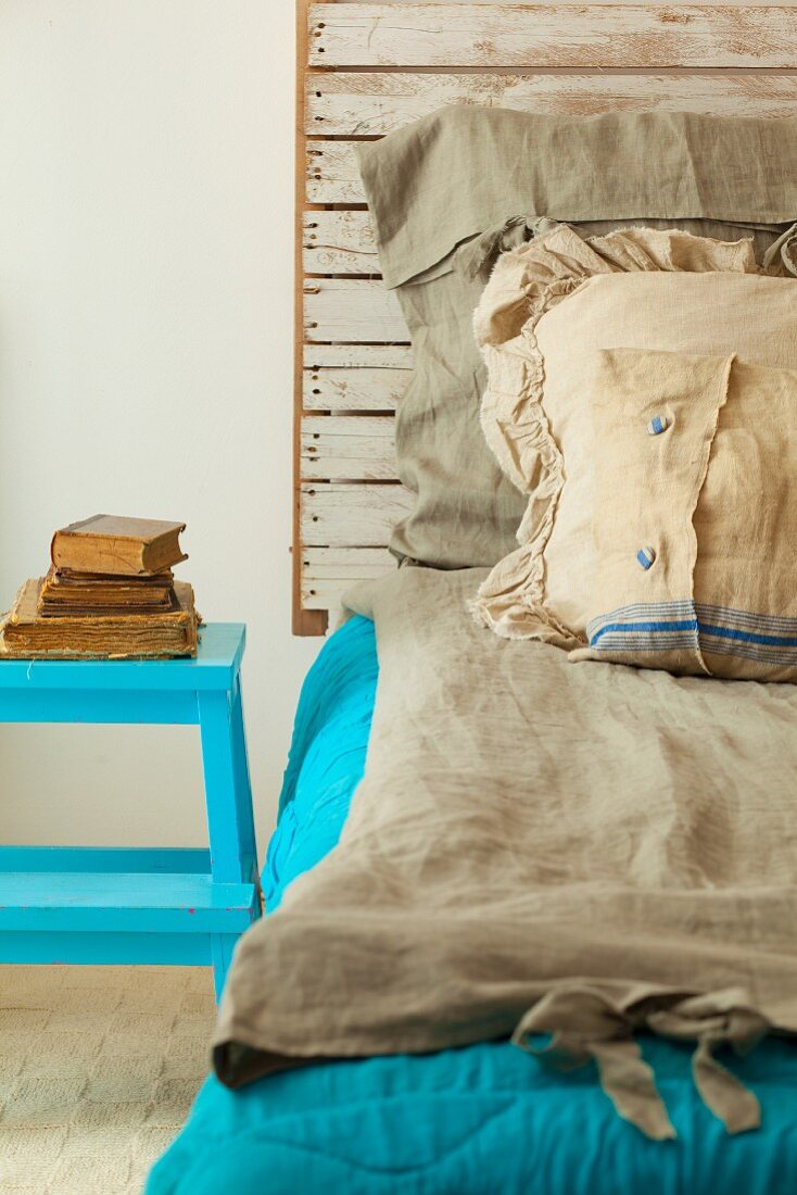 A Homemade Bed With A Rustic Wooden Buy Image 11384432 Living4media
