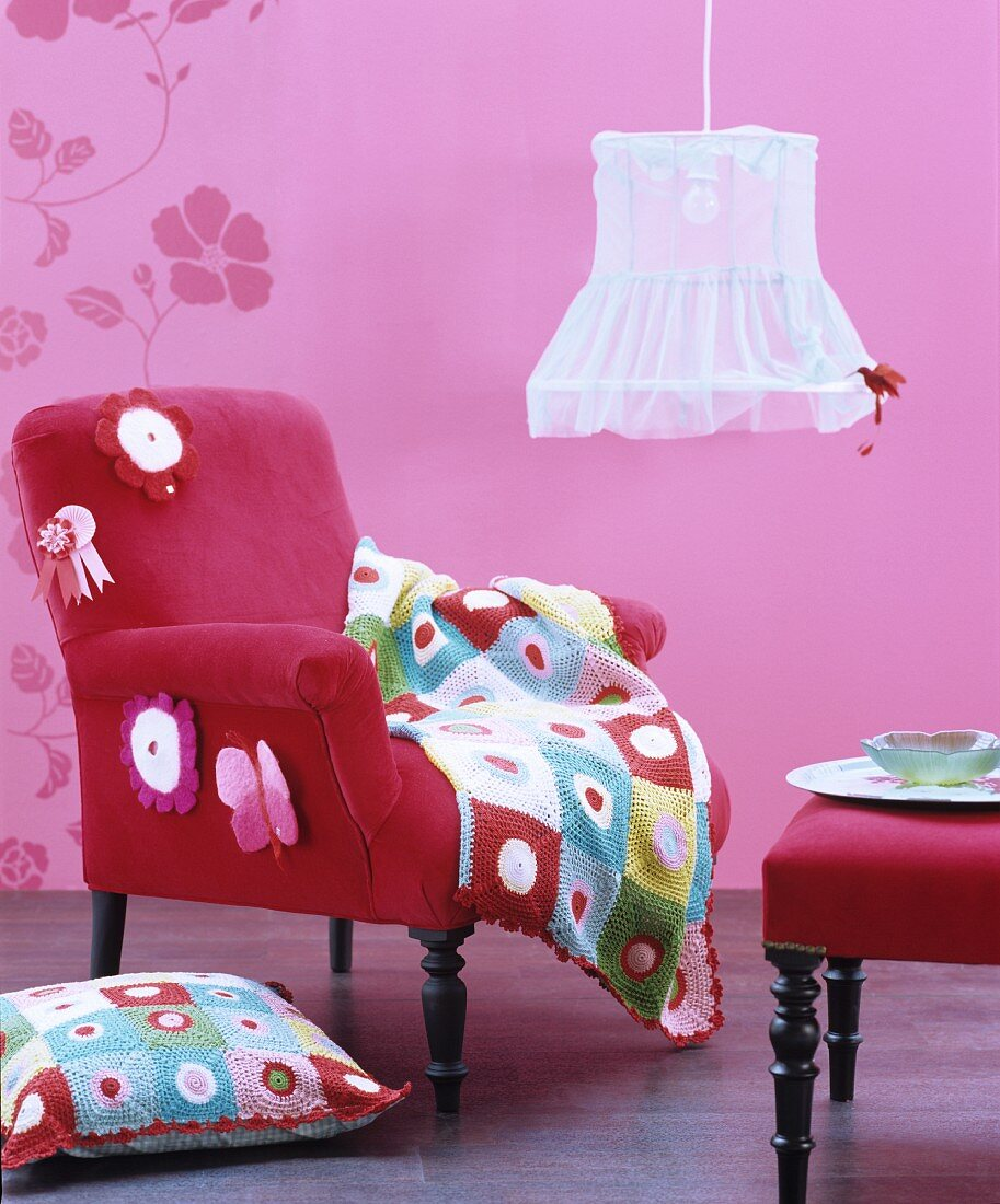 Picture of: Pink Interior With Velvet Armchair Buy Image 11403350 Living4media