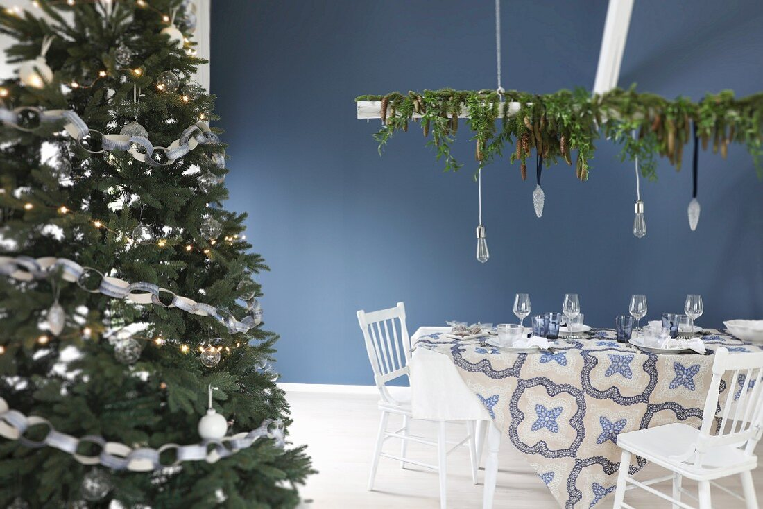 Christmas Dining Table Set In Blue And Buy Image 11415940 Living4media
