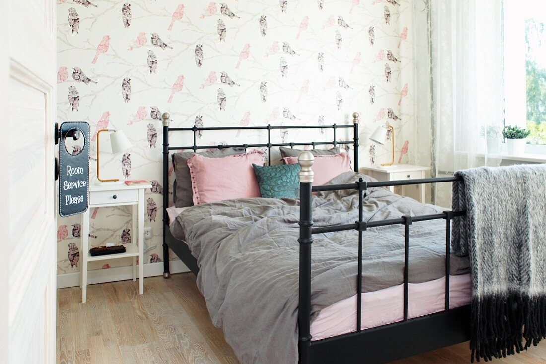 Black Metal Bed With Grey And Dusky Pink Buy Image 12084094 Living4media