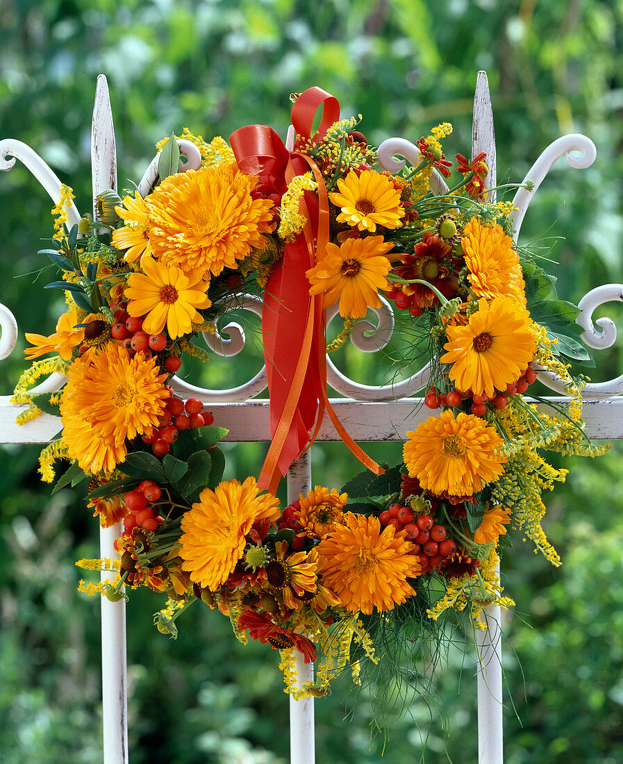Late Summer Wreath With Marigolds And Buy Image 12140506 Living4media