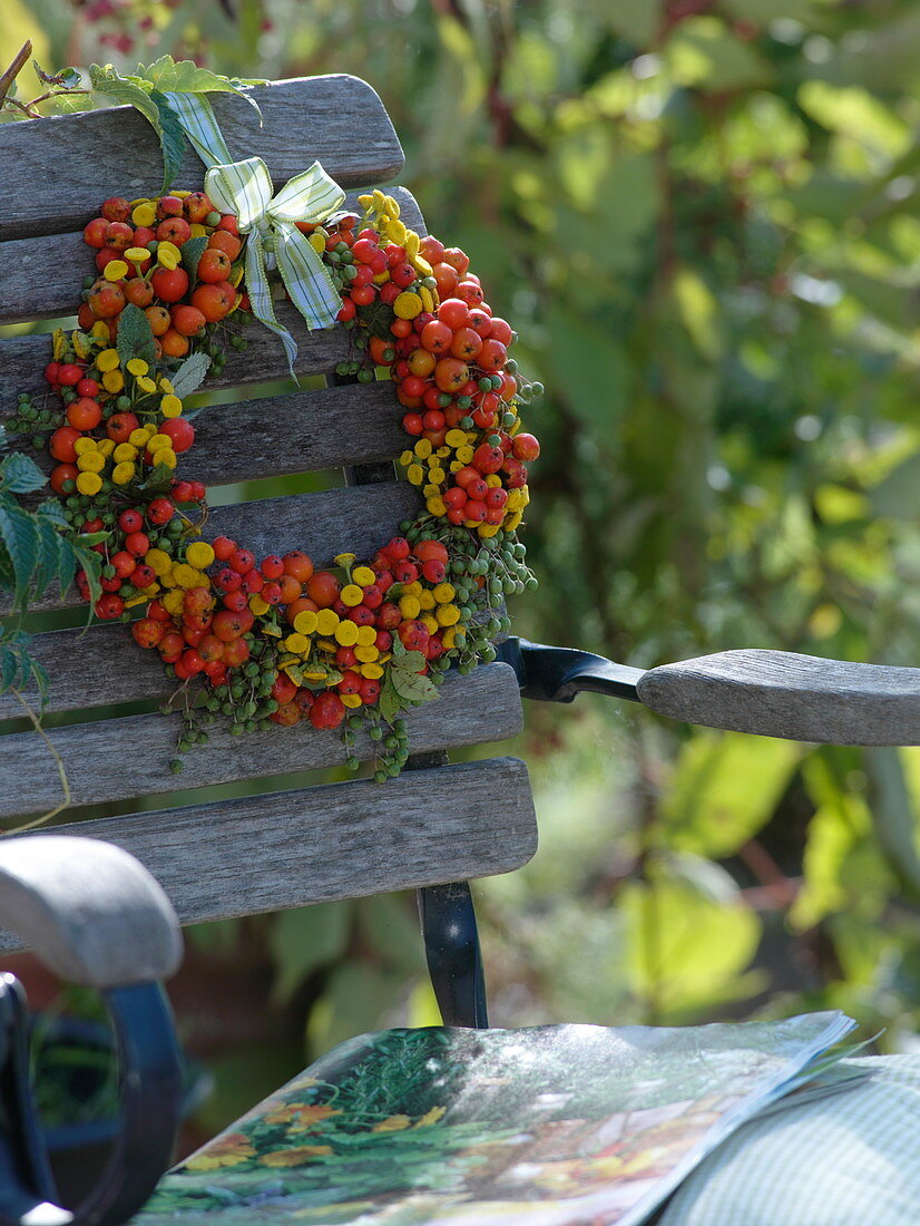 Late Summer Wreath Of Wild Fruits And Buy Image 12158480 Living4media
