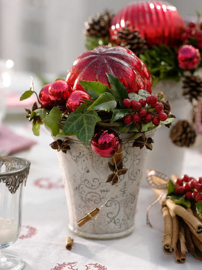 Christmas table decoration with red ball arrangements