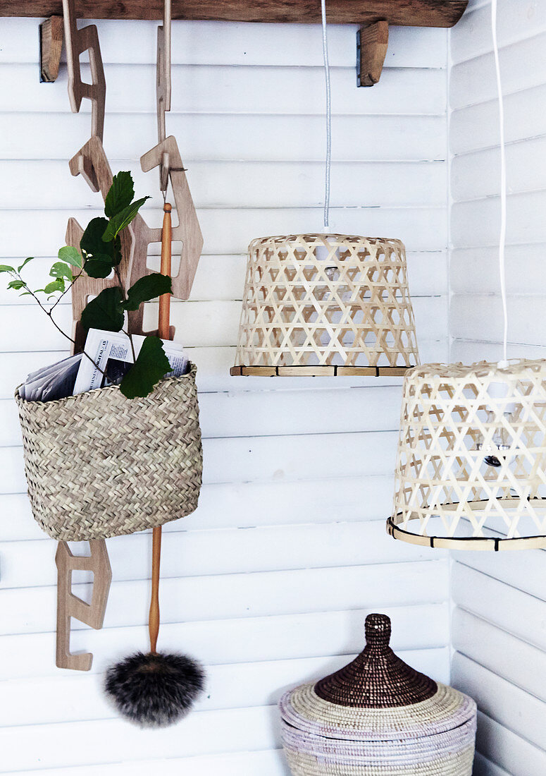 Baskets and pendant lamps made from natural materials