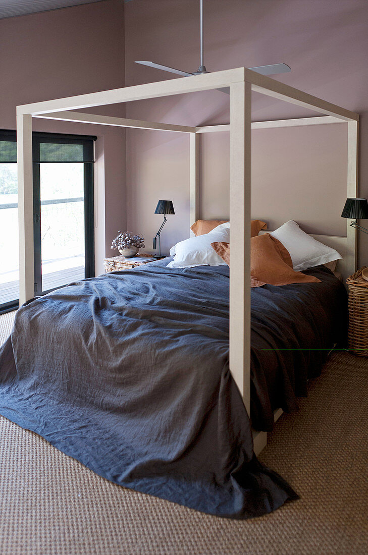 Picture of: Four Poster Bed With Dark Blue Bedspread Buy Image 12556676 Living4media