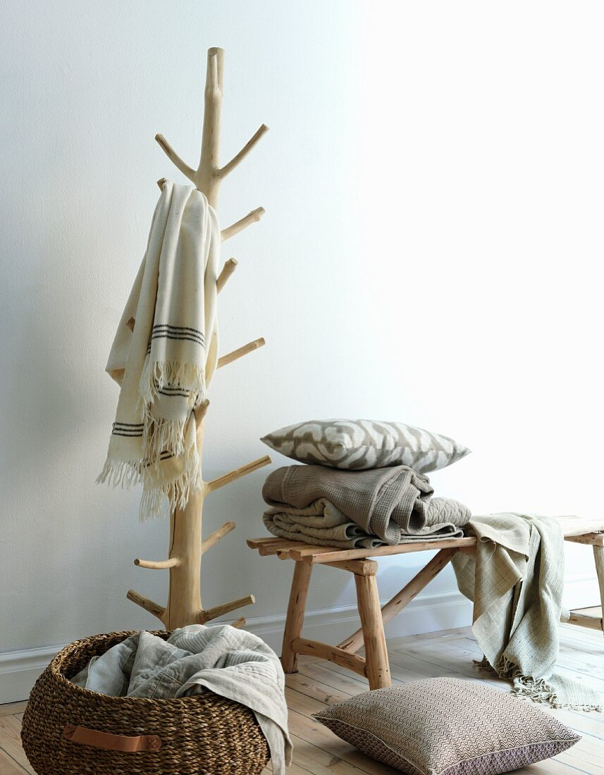 Blankets and cushions in naturals shades