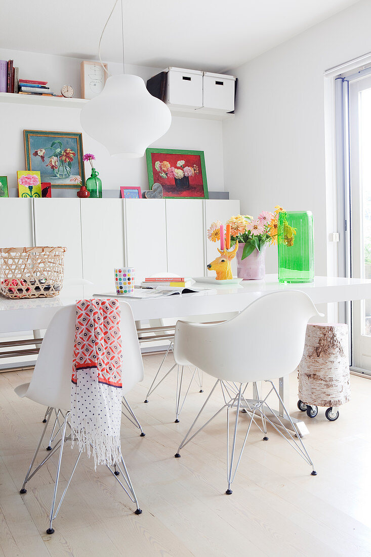 Picture of: Dining Table And Classic White Chairs In Buy Image 12808810 Living4media