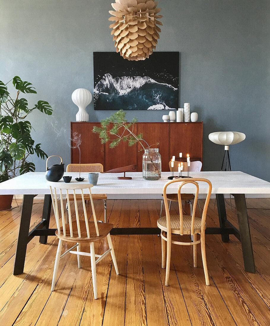 Deko Im Mid Century Stil Und Blaue Wand Bild Kaufen 13189978 Living4media