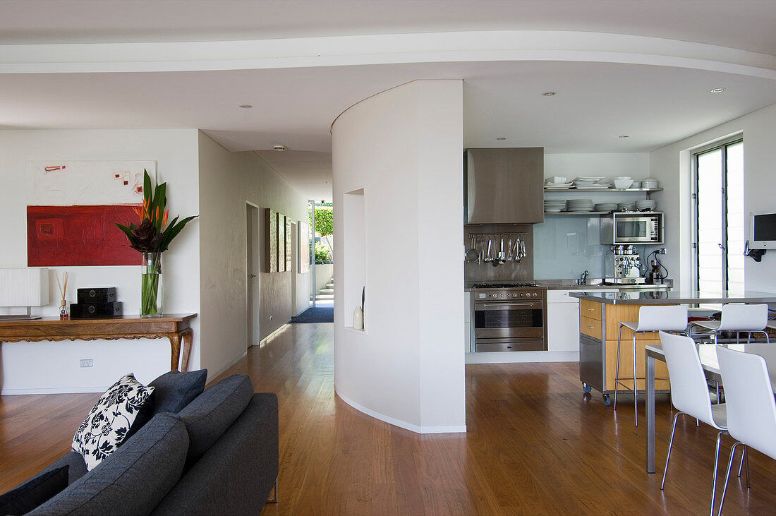 Kitchen Area Separated By Curved Wall In Buy Image 12999836 Living4media