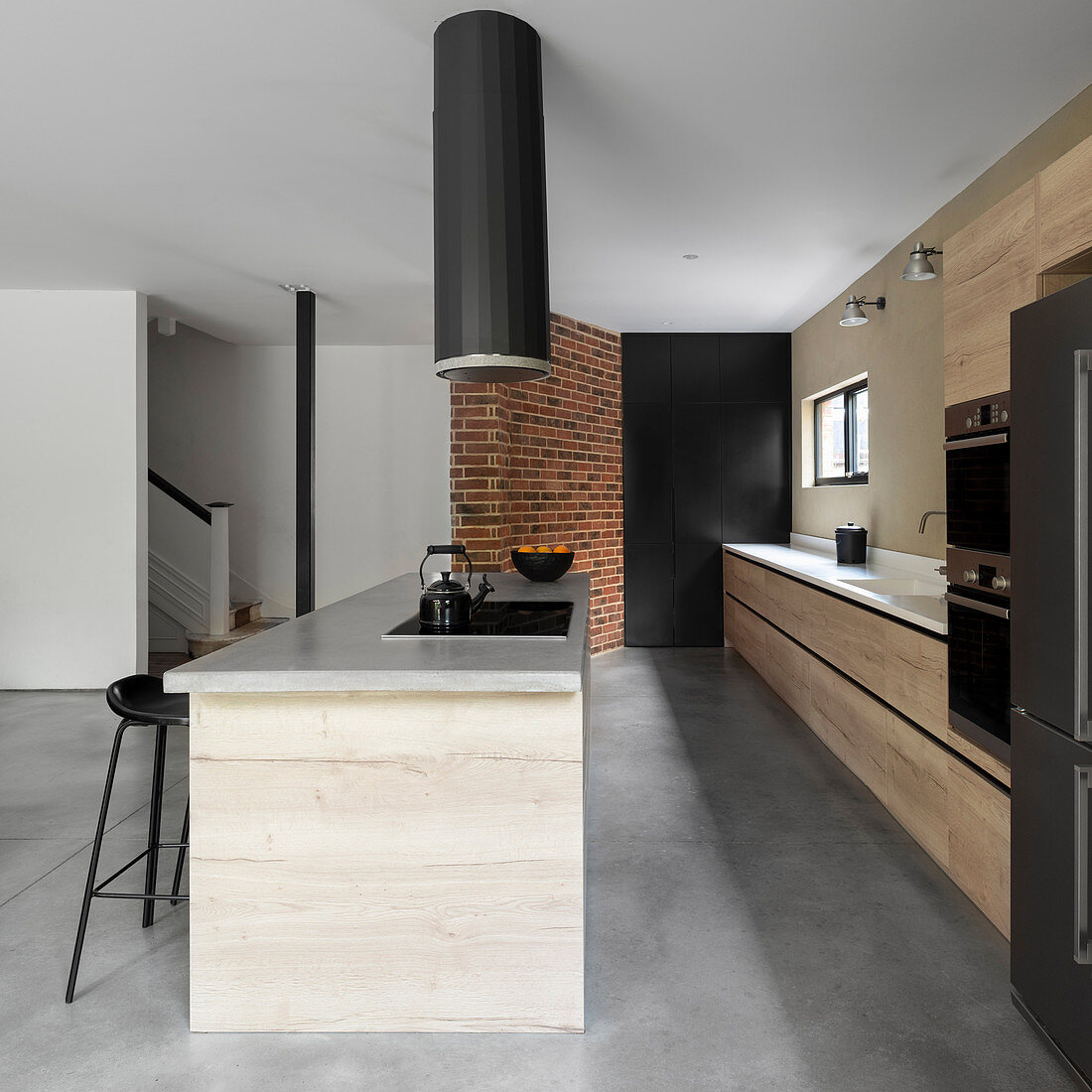 Extractor above island counter