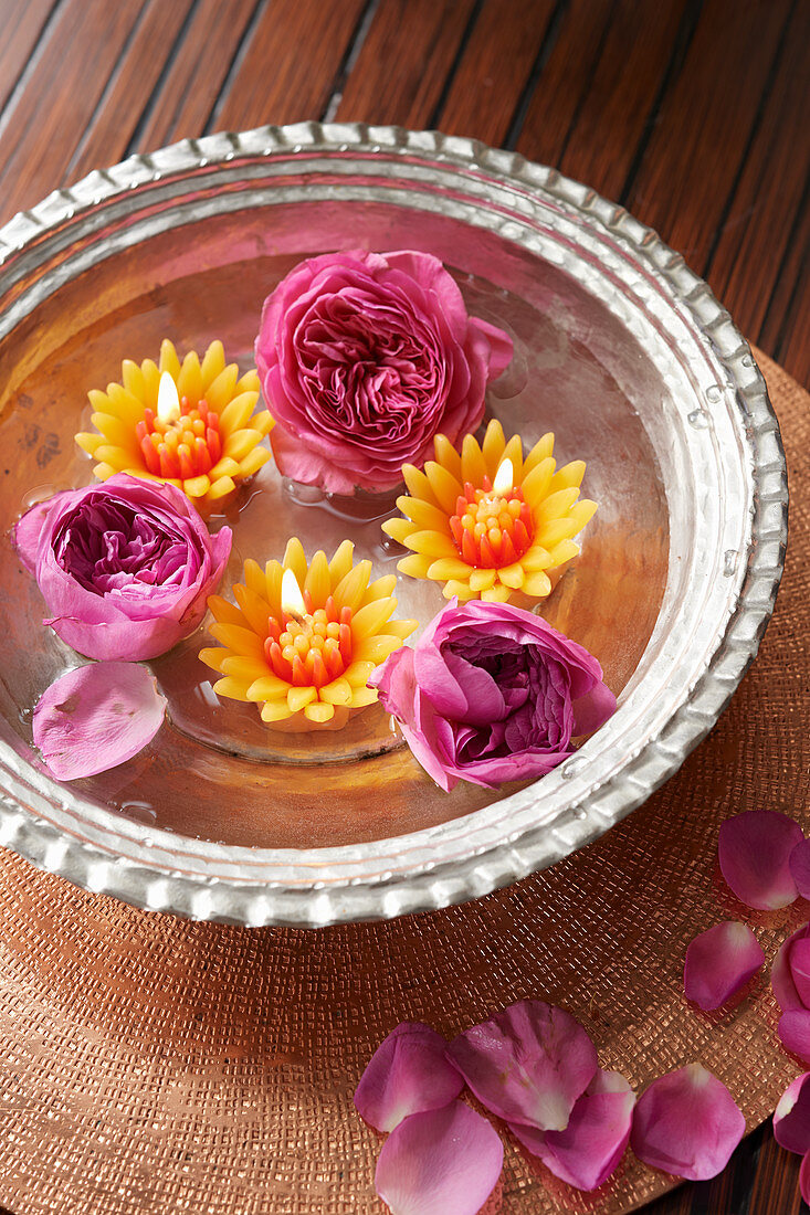 Indian candle arrangement (floating candles and roses)