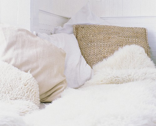 Light coloured cushions and covers