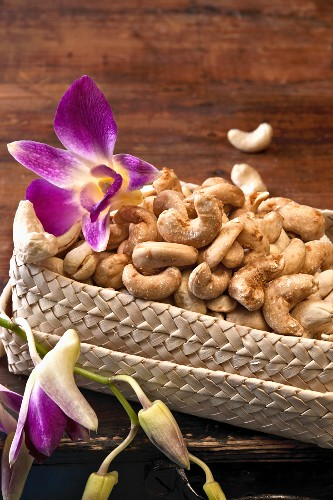 Spiced cashew nuts (Thailand)