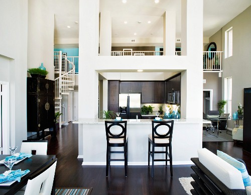 Spacious room in contemporary house; Oxnard; California; United States of America