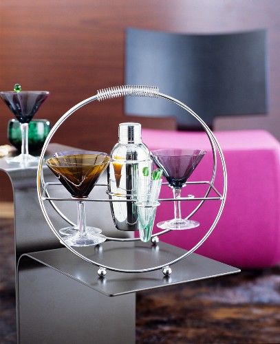 Cocktail glasses and shaker in stainless steel holder